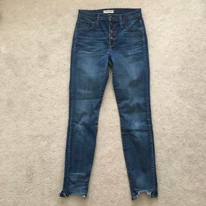 "Madewell. 10"" Button-Front Skinny Jean. Chewed Hem"
